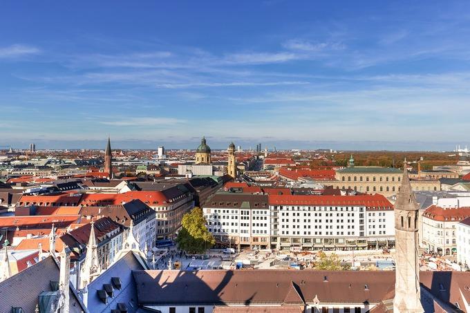 Доверяй, но проверяй: немецкий адвокат перечисляет риски при покупке квартиры в Германии